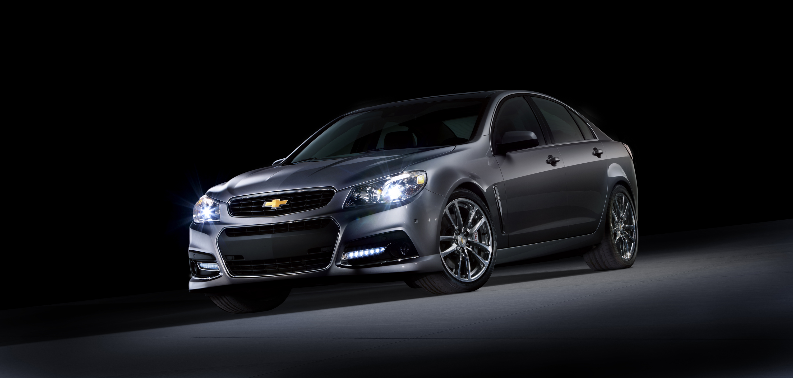 CHEVROLET SS brown