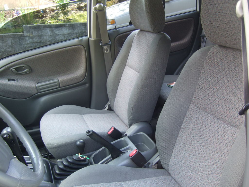 All Chevy 2001 chevy tracker mpg : CHEVROLET TRACKER - Review and photos