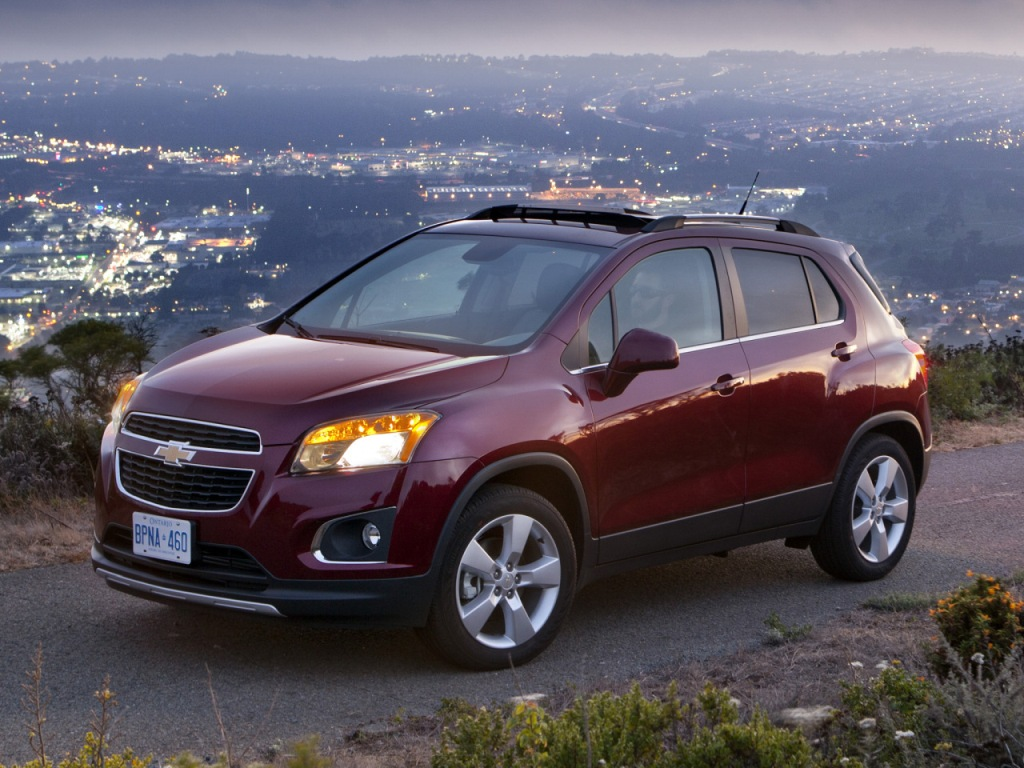 CHEVROLET TRACKER red