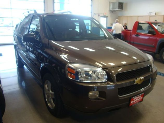 CHEVROLET UPLANDER LT brown