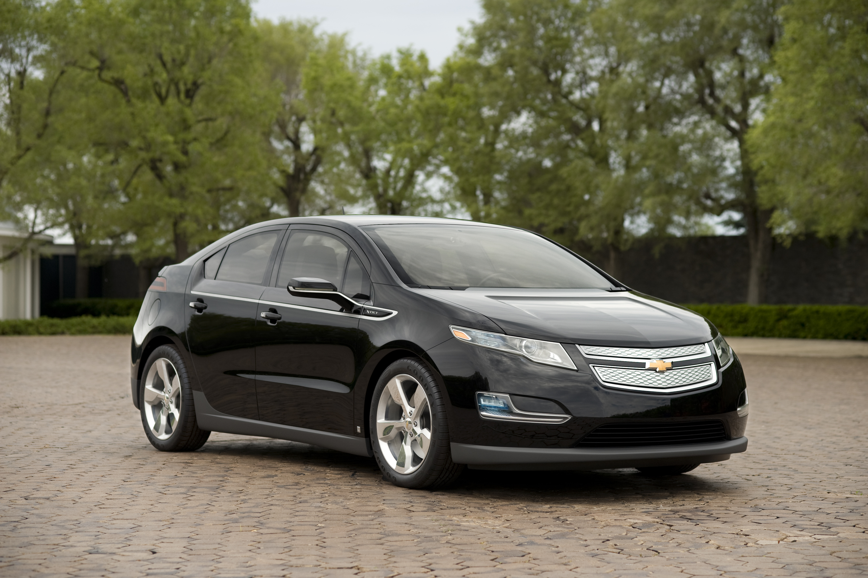 CHEVROLET VOLT black