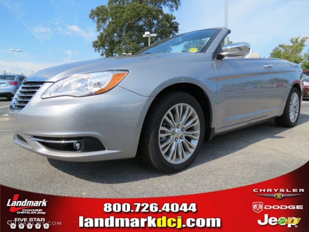 CHRYSLER 200 CONVERTIBLE silver