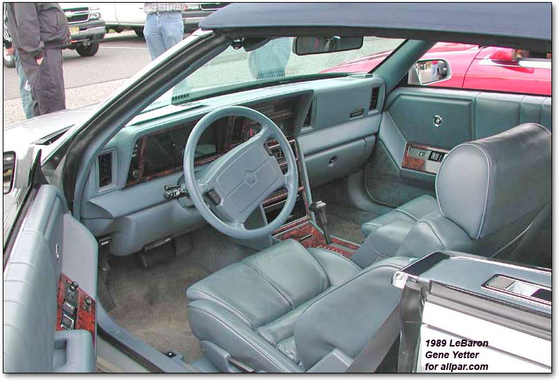 CHRYSLER LEBARON interior