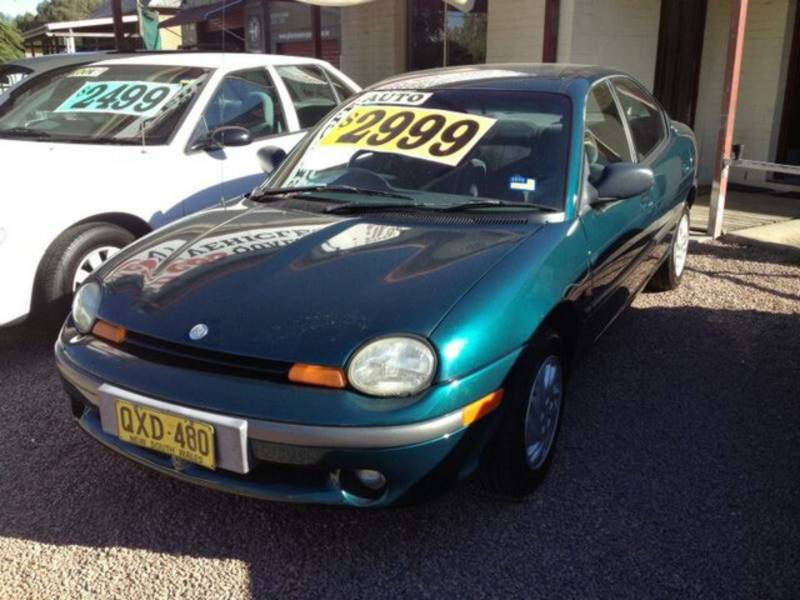 CHRYSLER NEON green