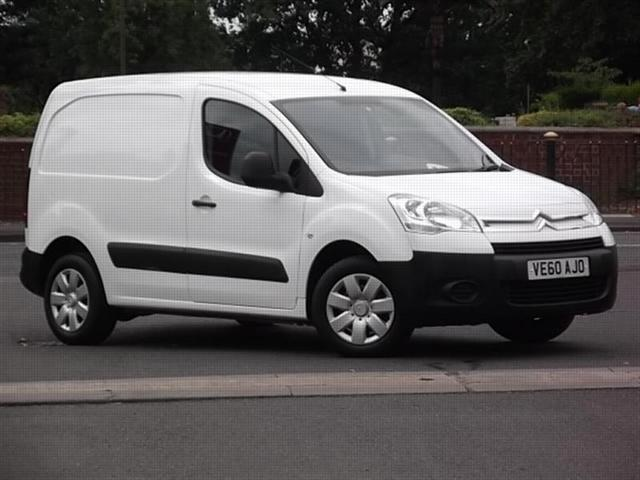 CITROEN BERLINGO 1.6 white