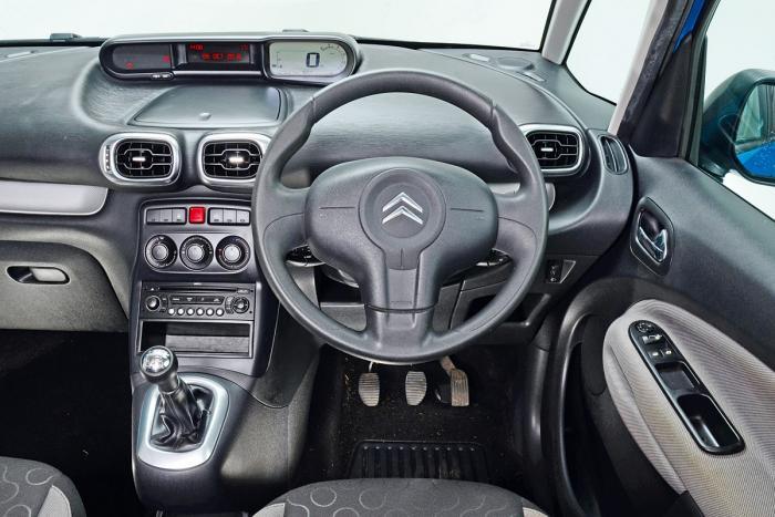 CITROEN C3 PICASSO interior