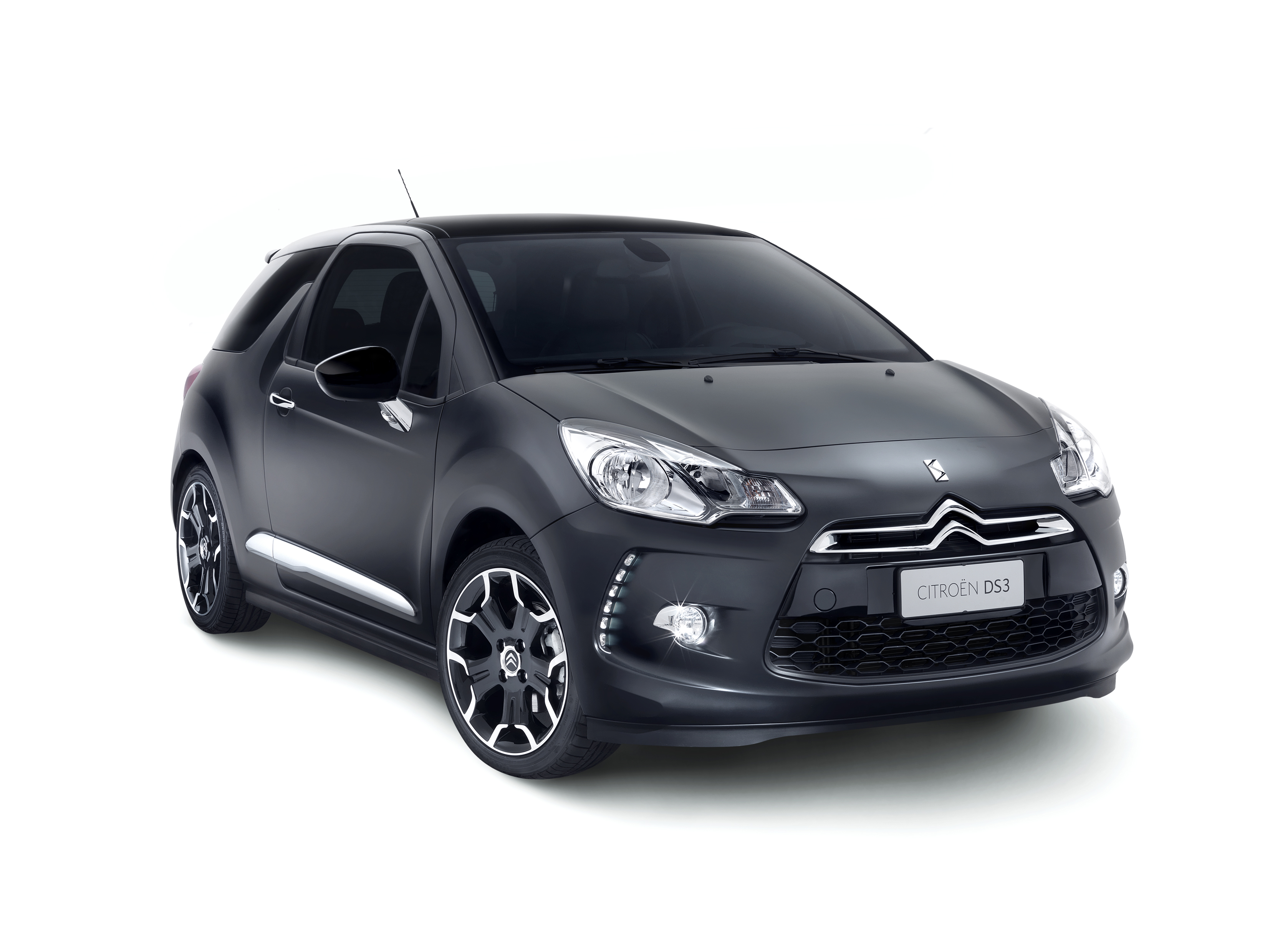 CITROEN DS3 black