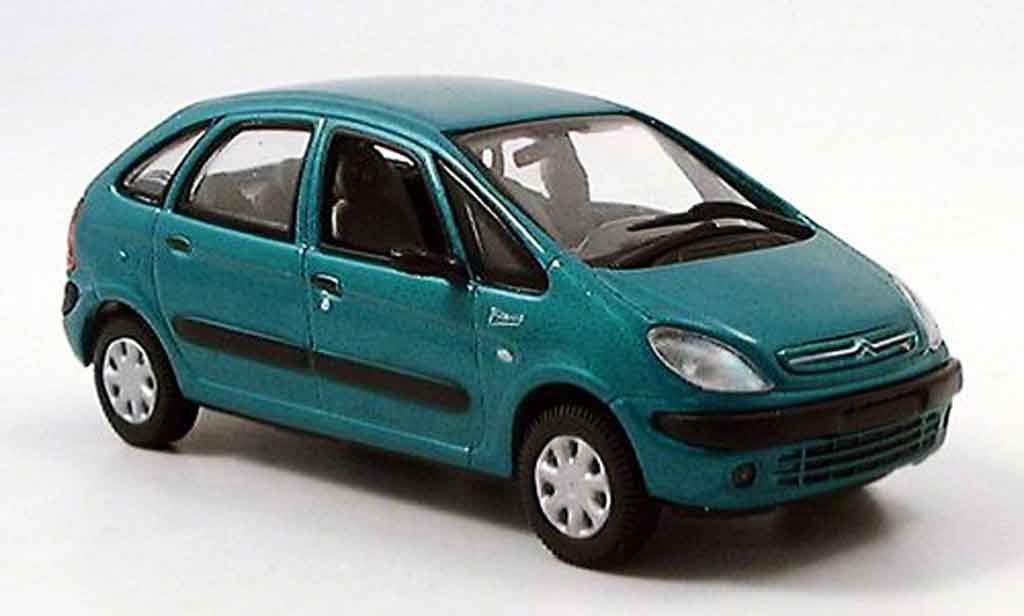 CITROEN PICASSO green