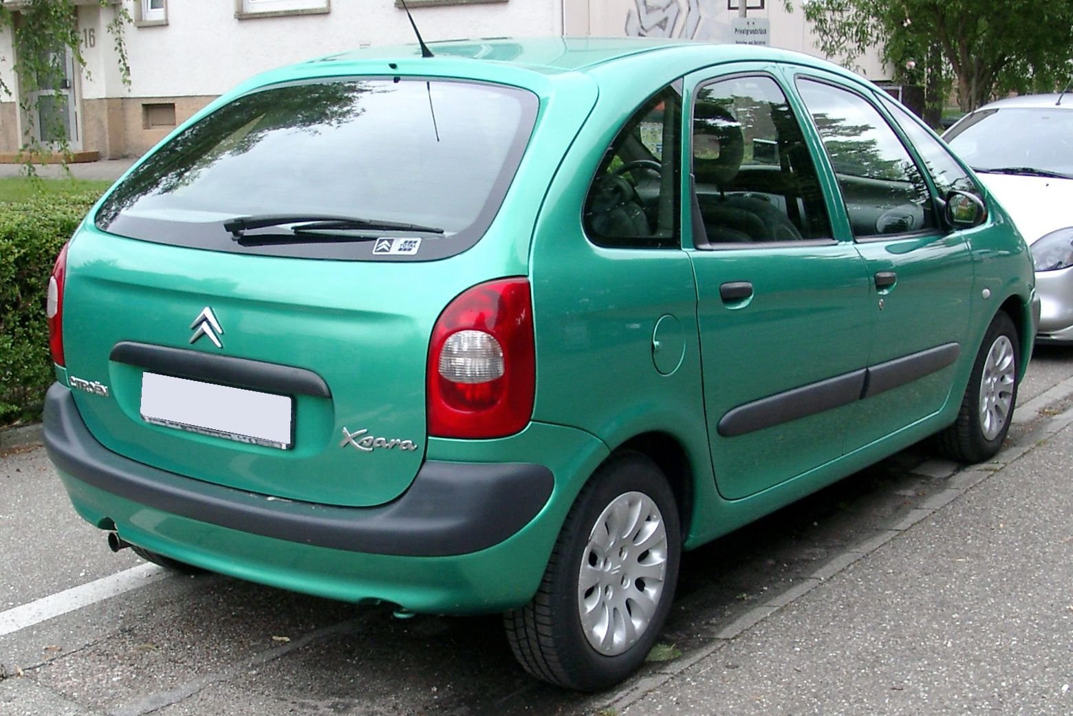 CITROEN XSARA PICASSO green