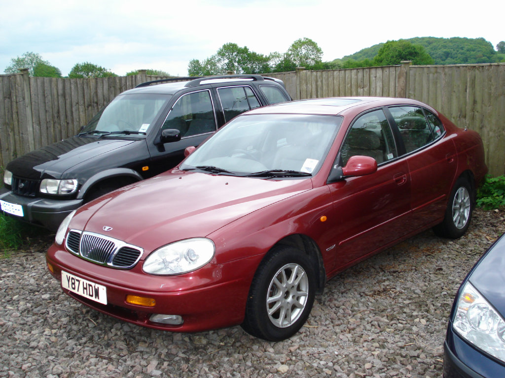DAEWOO LEGANZA brown