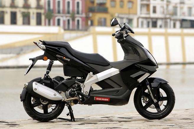 DERBI GP1 250 black