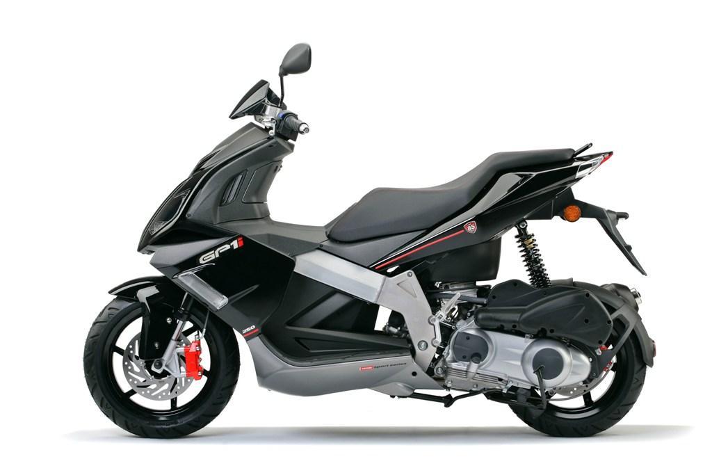 DERBI GP1 250