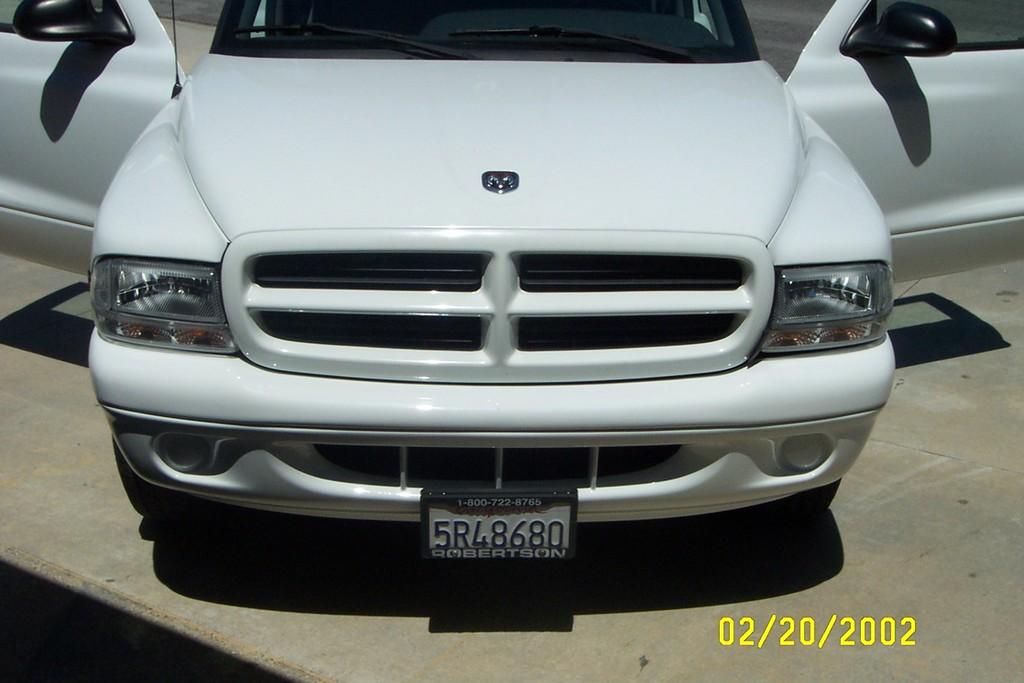 DODGE DAKOTA 3.9 white