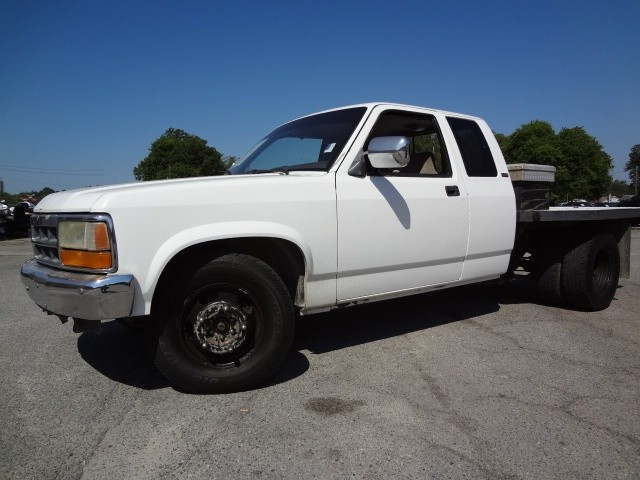 Default in addition 2002 Saturn L200 95000 Miles New Goodyear Tires California Car Never Seen Snow 30 Mpg Hwy as well Lamoure likewise 02 likewise 18309674. on dodge dakota