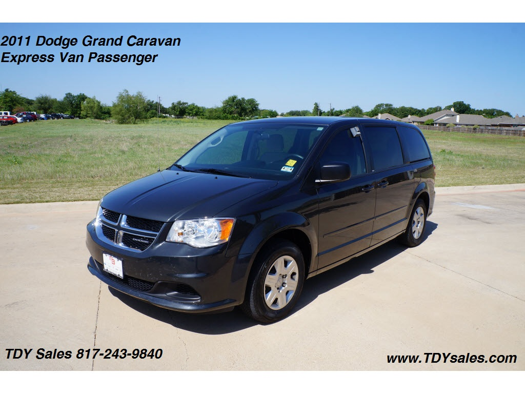 DODGE GRAND CARAVAN brown