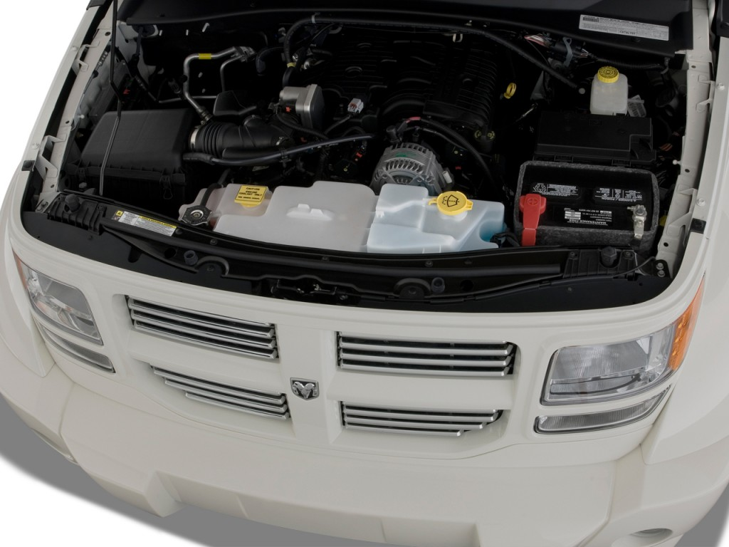 DODGE NITRO engine