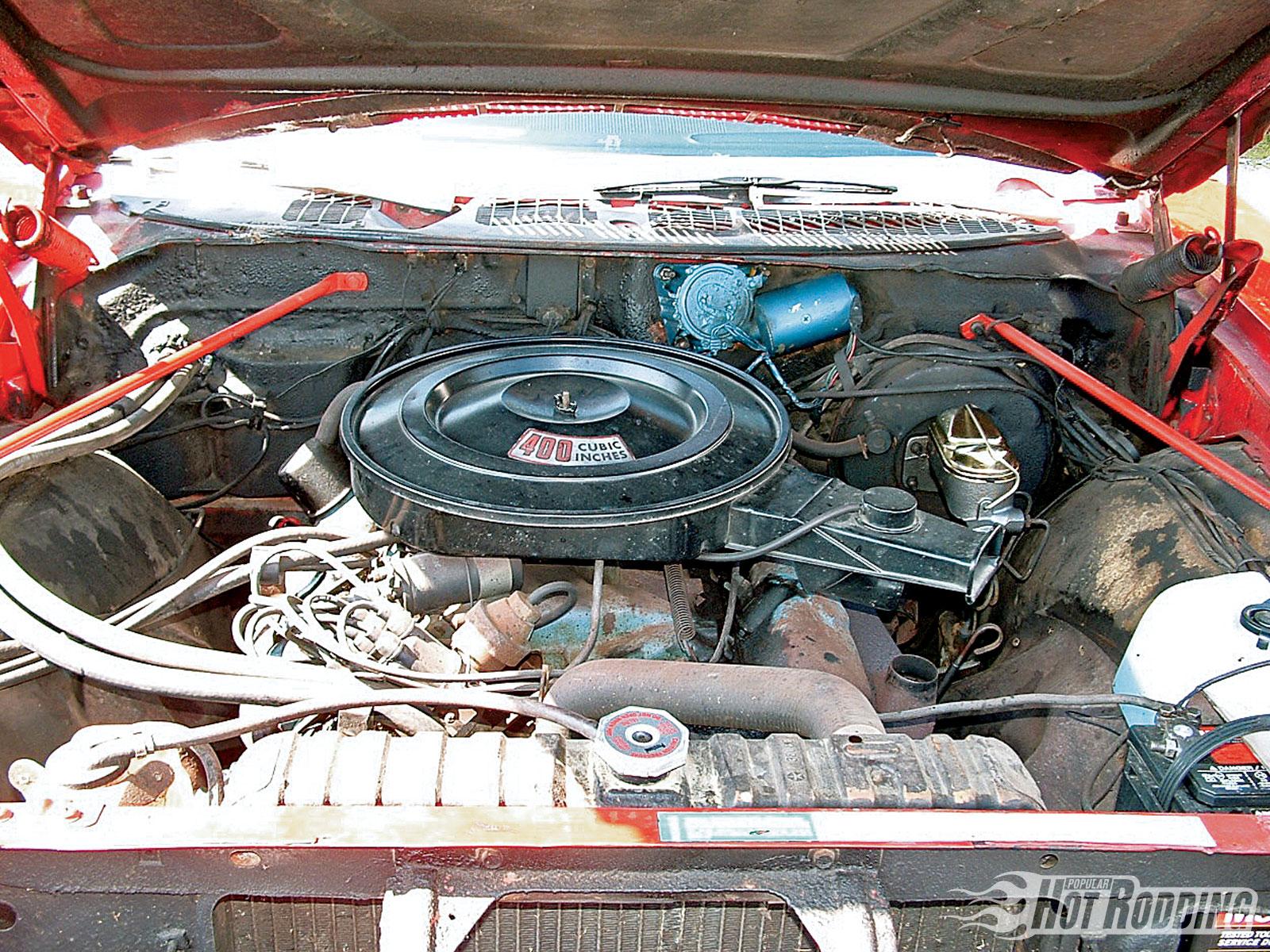 DODGE POLARA engine