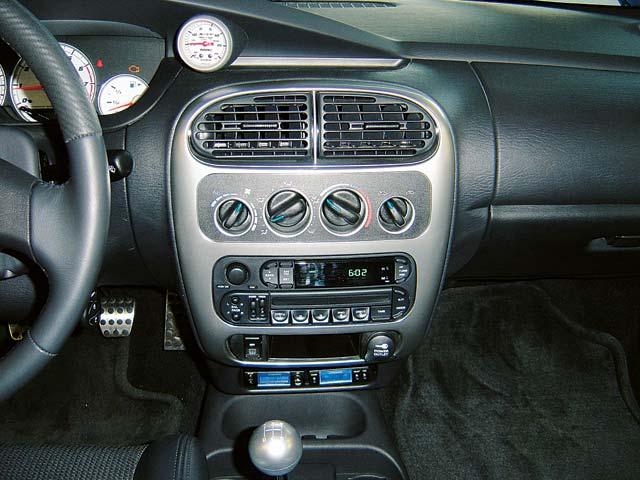 DODGE SRT-4 interior