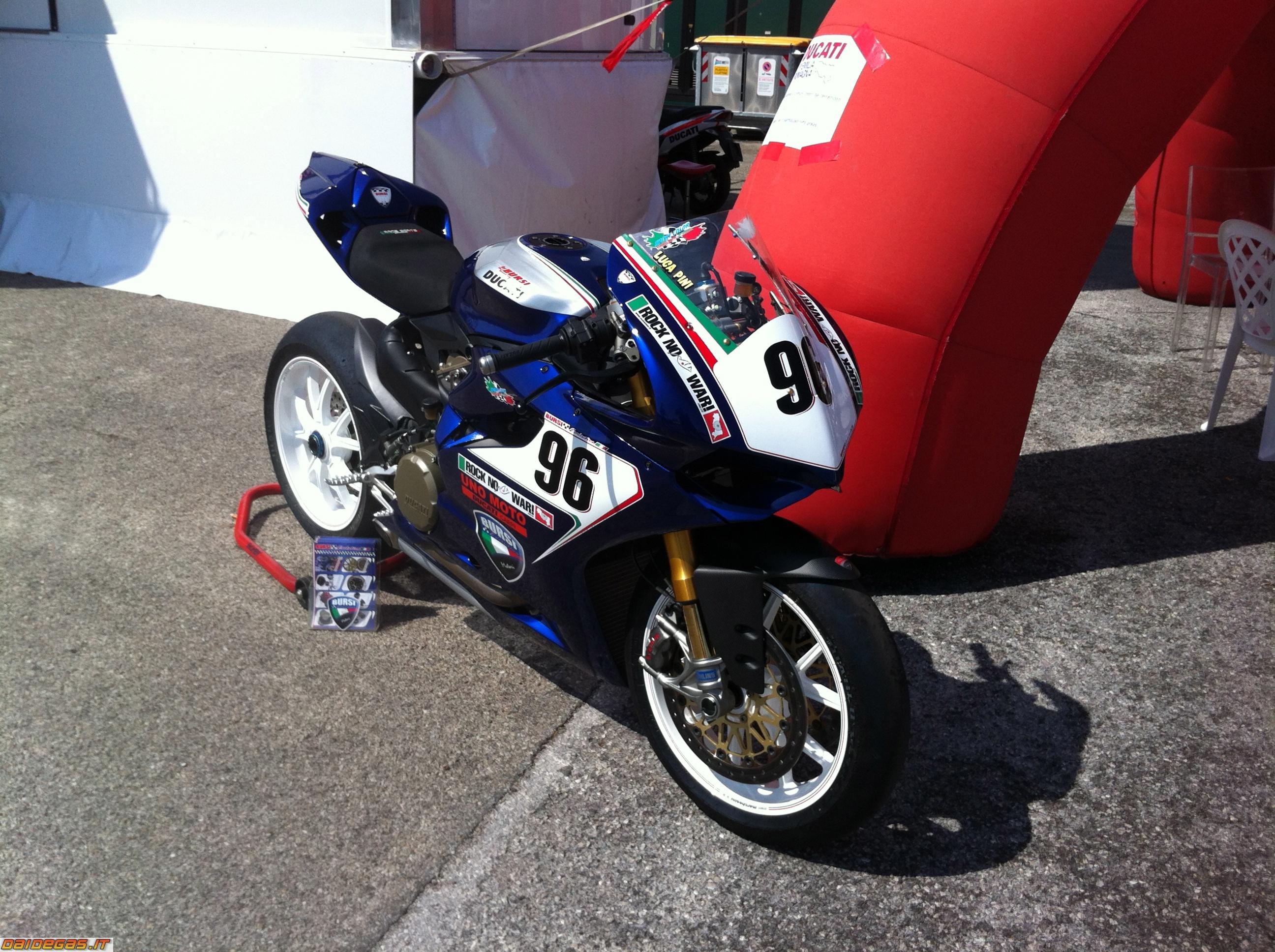 Ducati Monster  Kbb