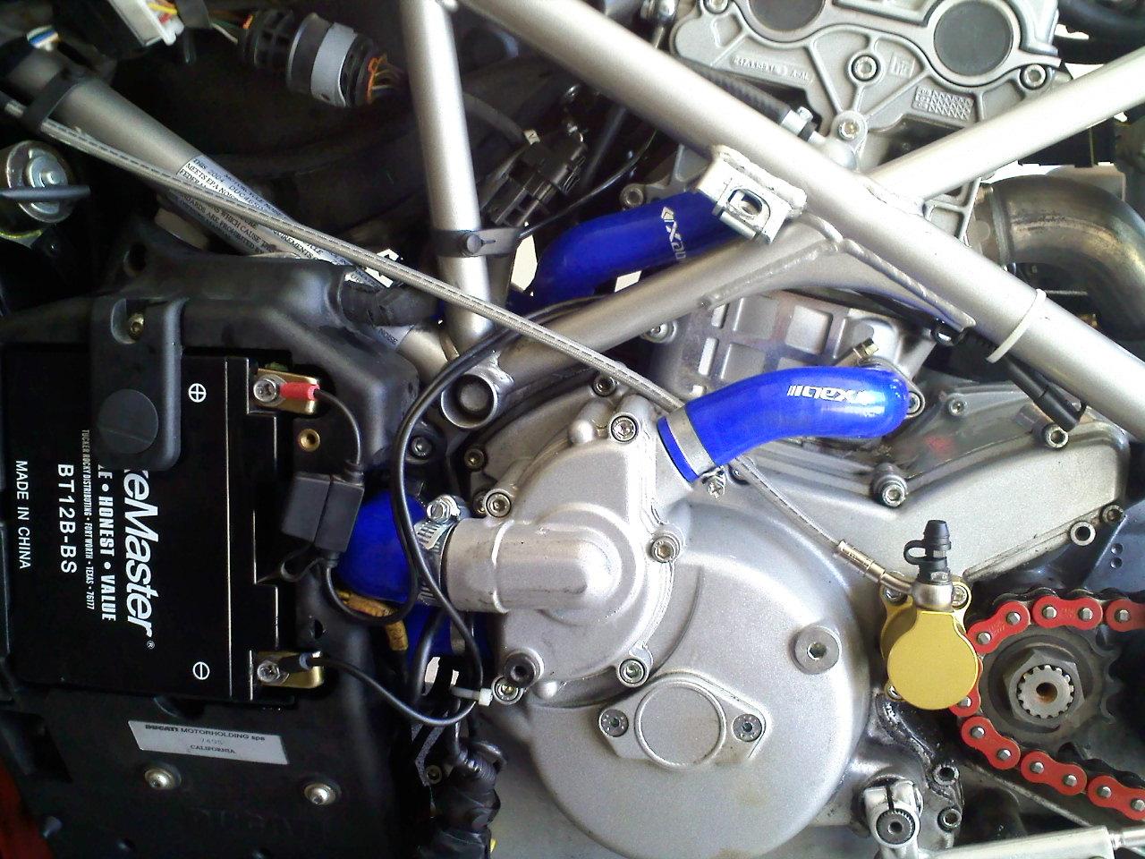 DUCATI 749 blue