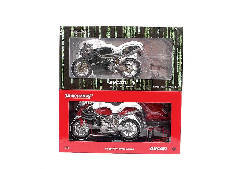 DUCATI 996 silver