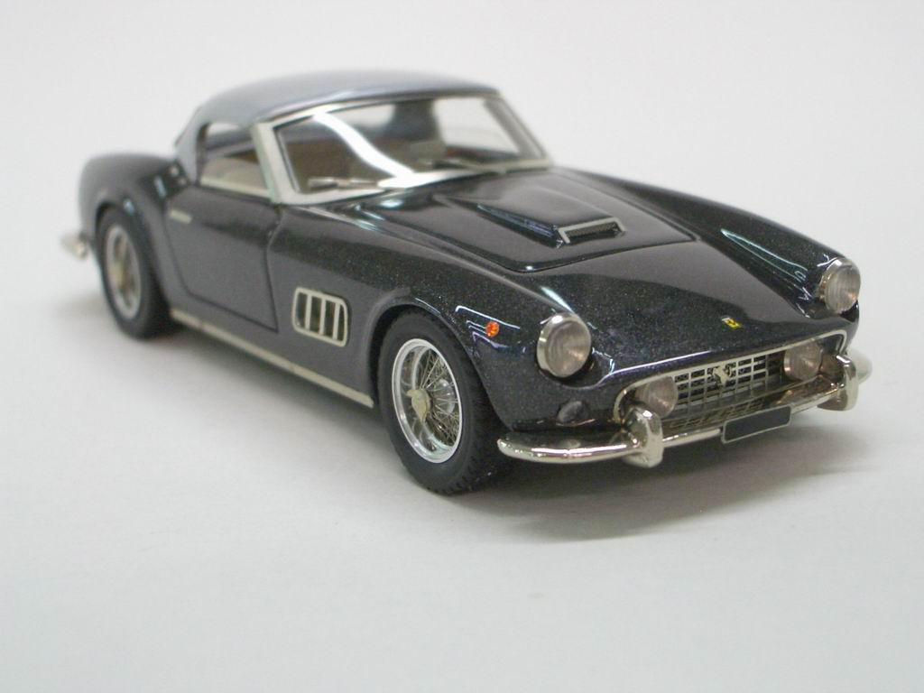 FERRARI 250 GT CALIFORNIA silver