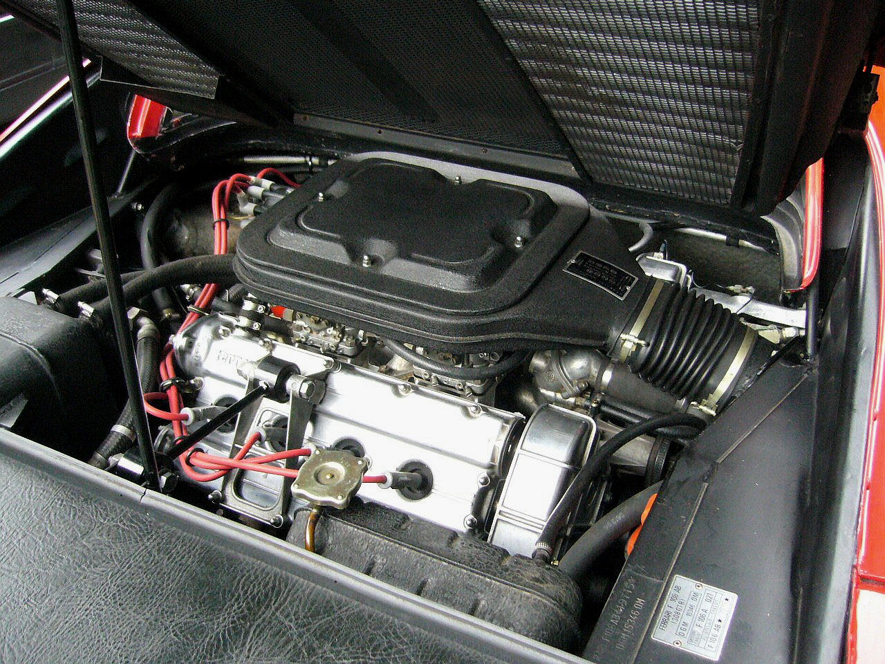 FERRARI 308 GT engine