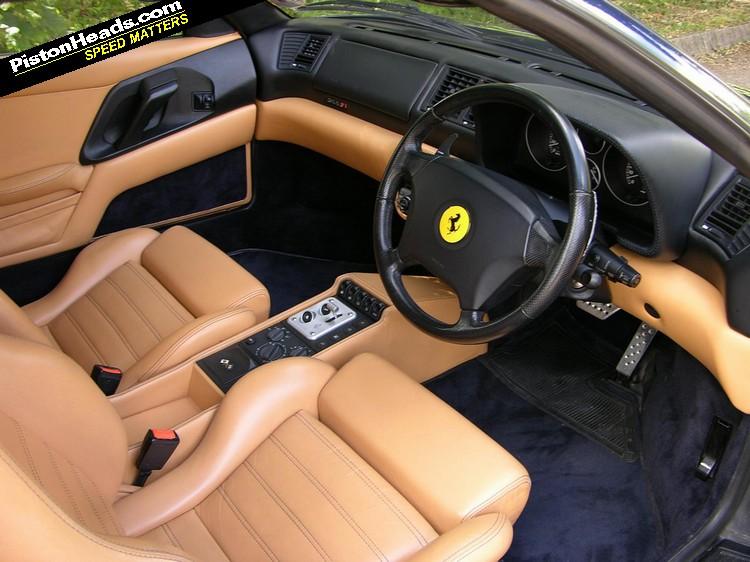 FERRARI 355 interior