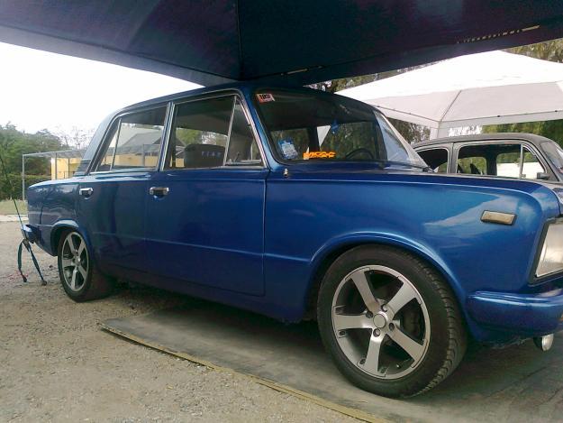 FIAT 125 MIRAFIORI interior