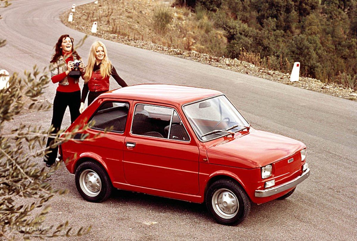 FIAT 126 green