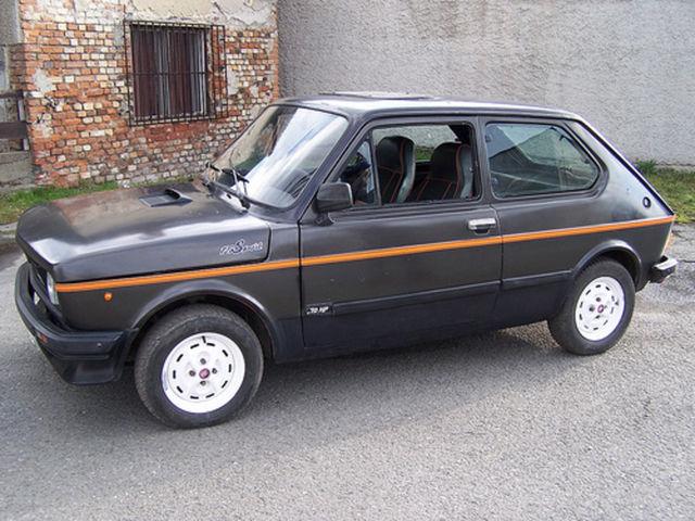 FIAT 127 black