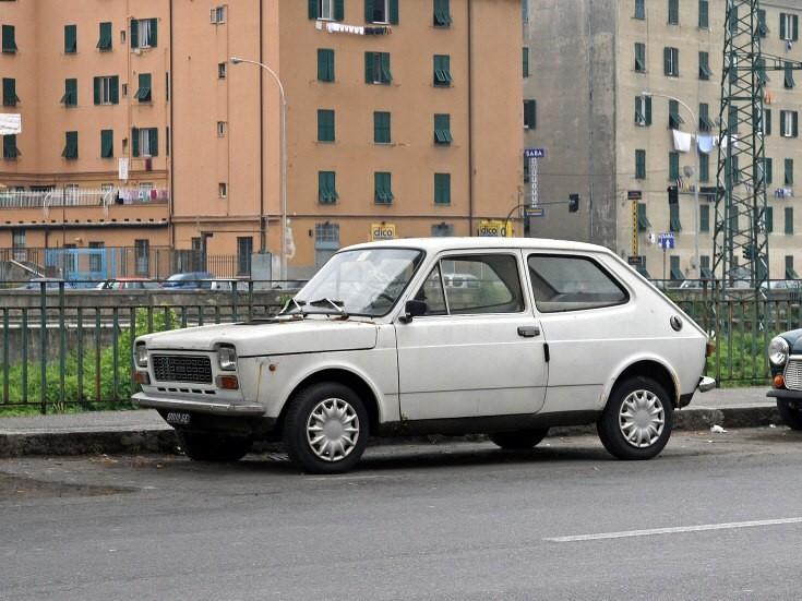 FIAT 127 white