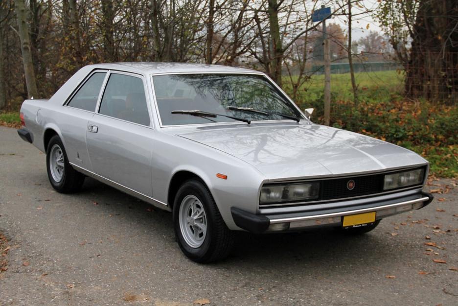 FIAT 130 brown