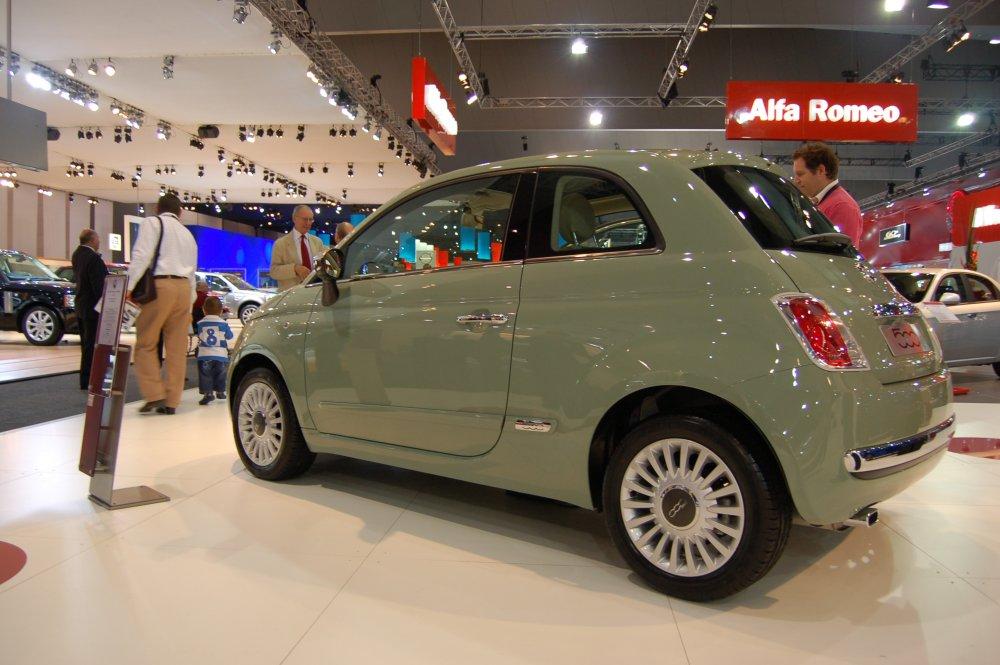 FIAT 500 green