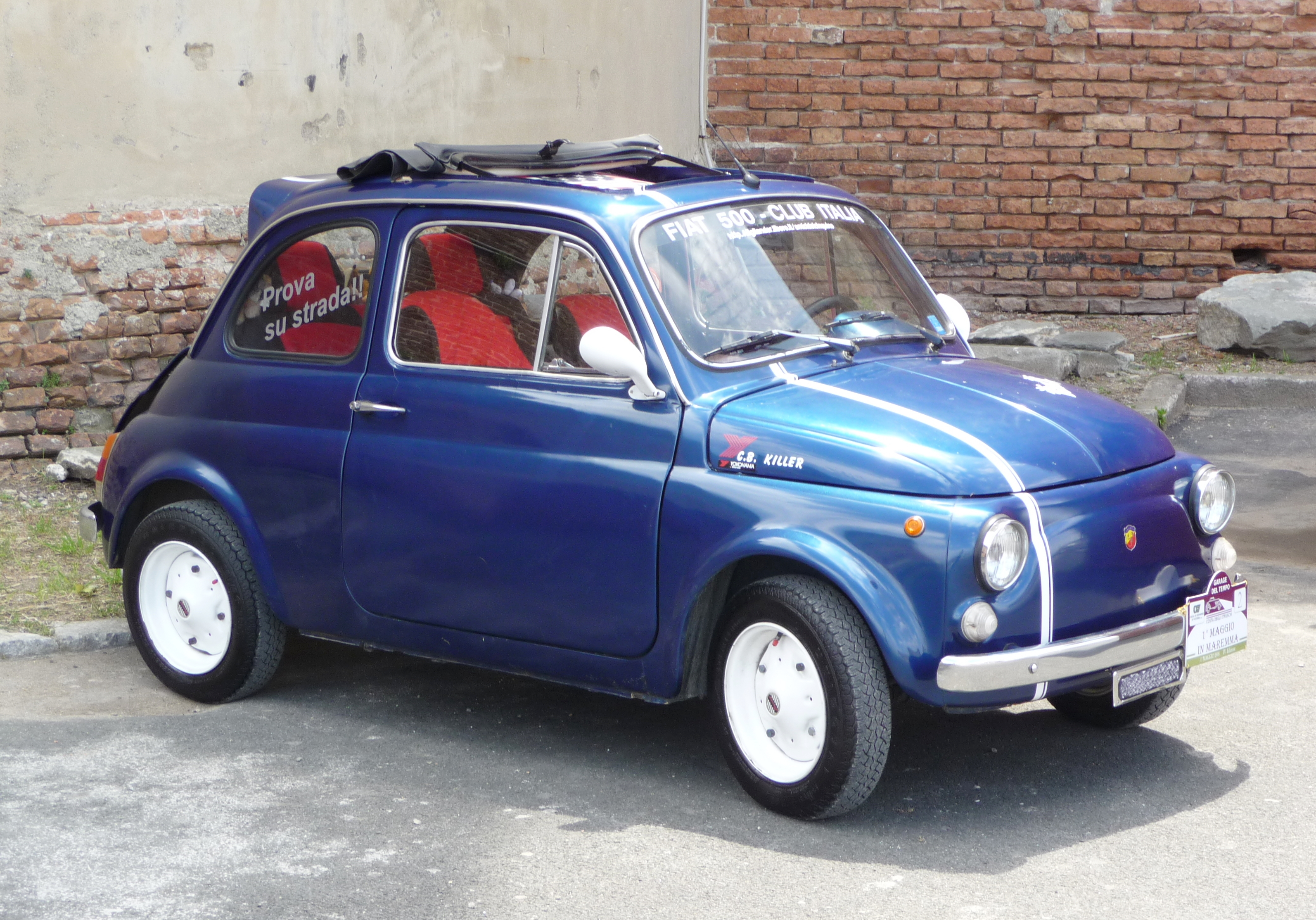 FIAT 500C blue