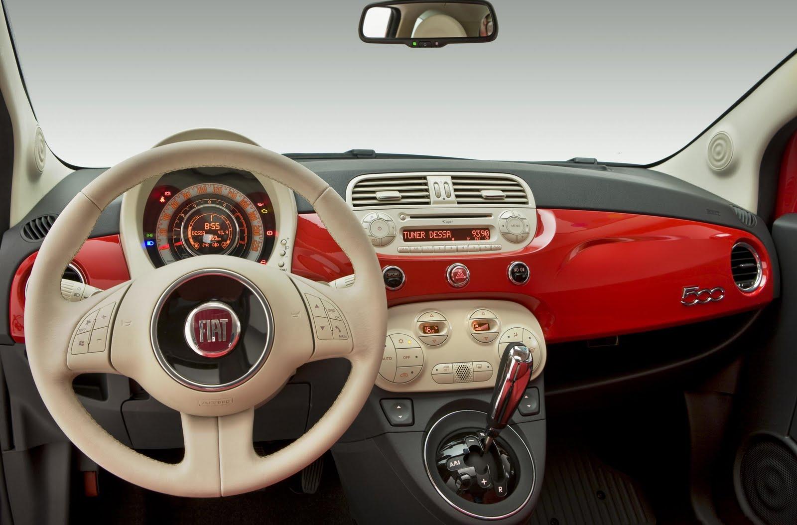FIAT 500C red