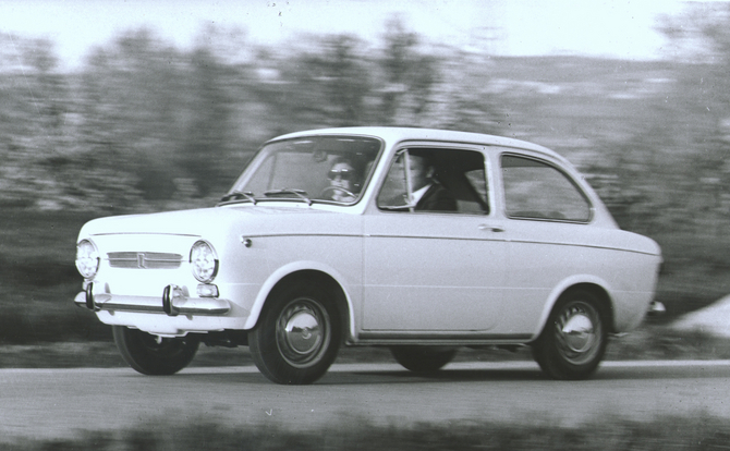 FIAT 850 BERLINA silver
