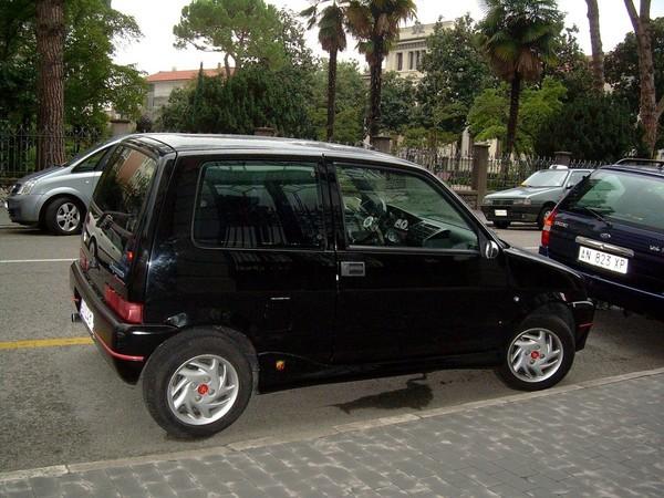 FIAT CINQUECENTO black