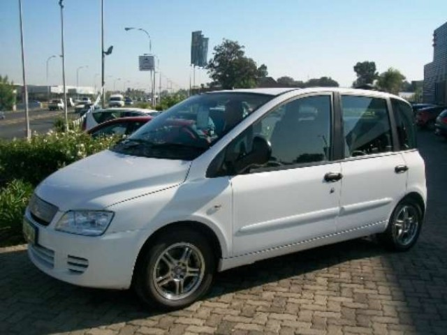FIAT MULTIPLA 1.9 white