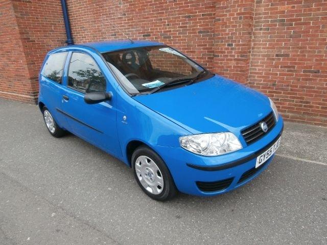 FIAT PUNTO 1.2 blue