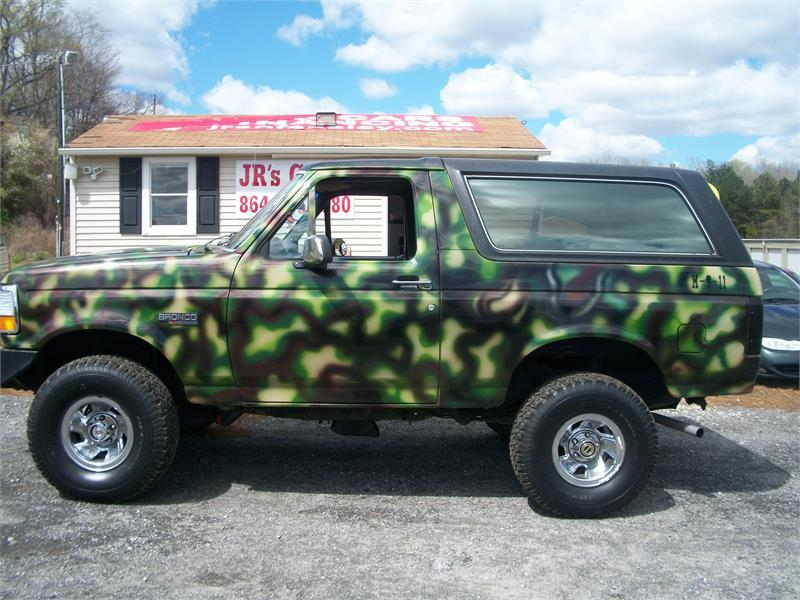 FORD BRONCO 5.8 green