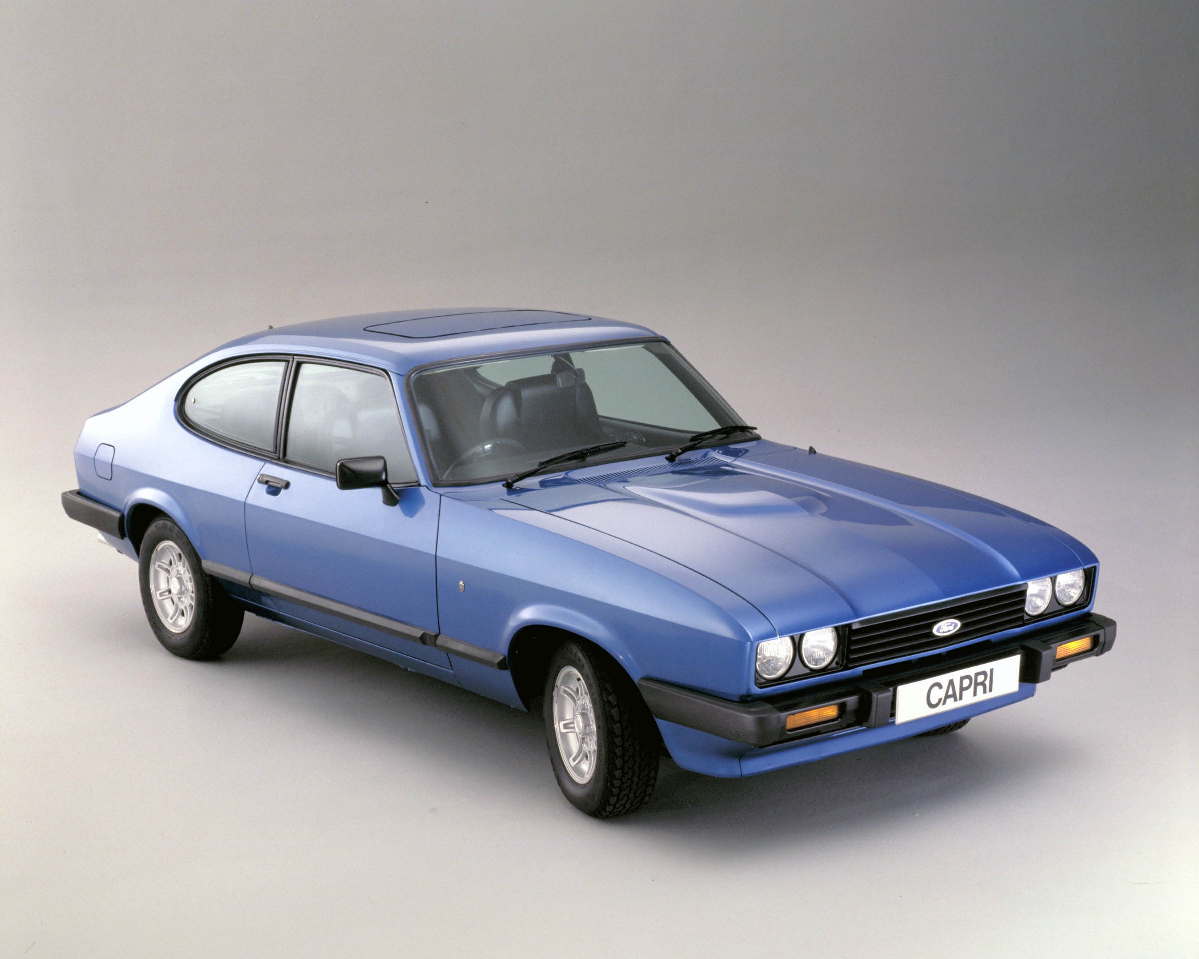 FORD CAPRI 1 blue