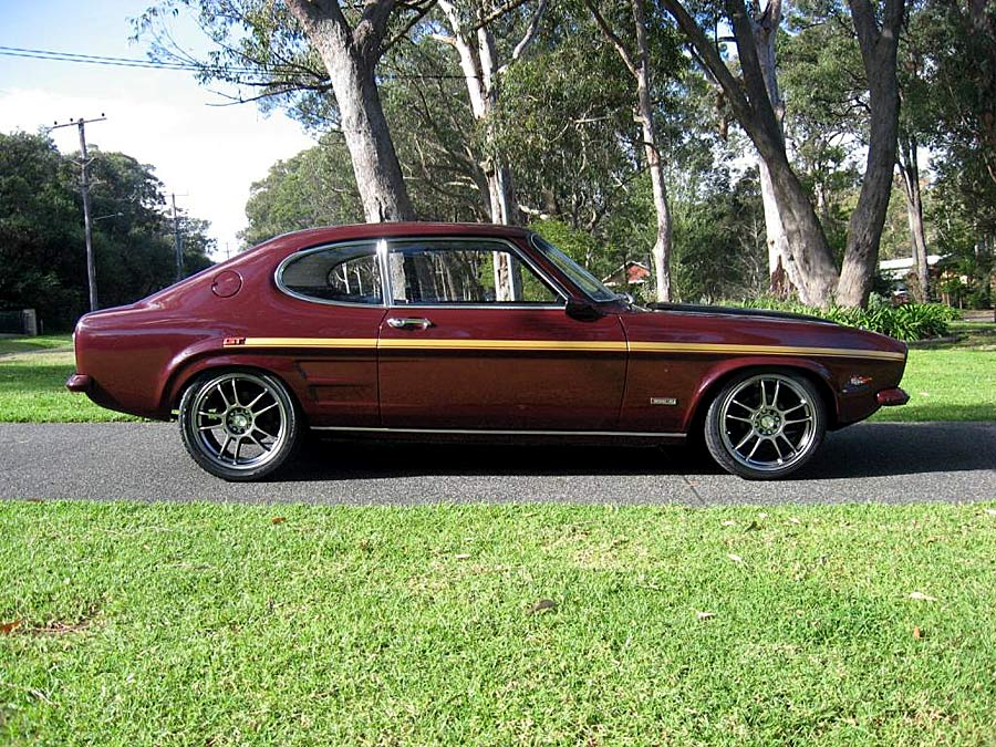 FORD CAPRI brown