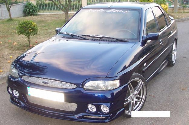 FORD ESCORT 1.6 I 16V black