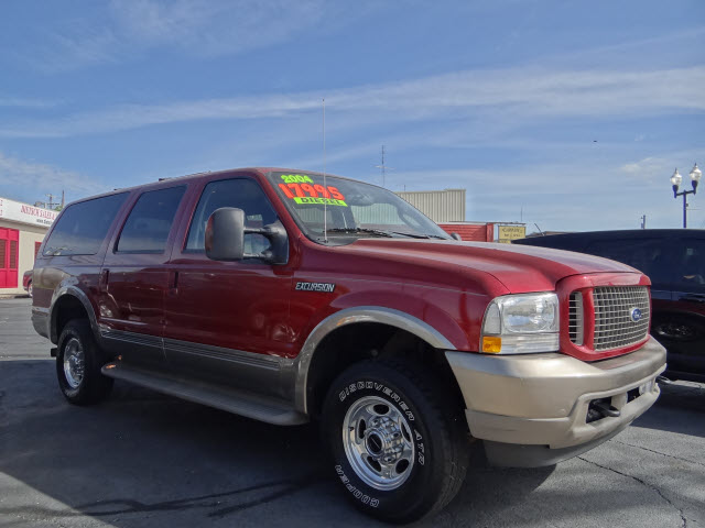 FORD EXCURSION 4X4 red