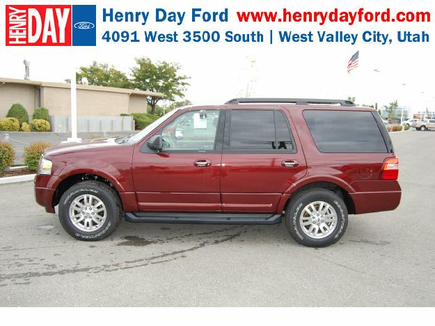 FORD EXPEDITION red