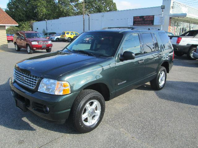 FORD EXPLORER 4.0 green