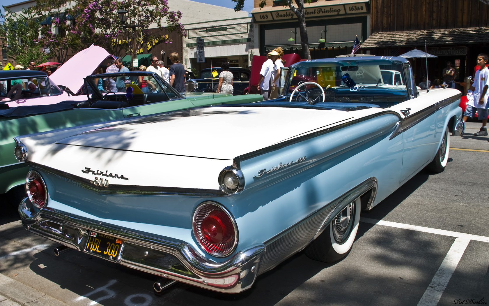 FORD FAIRLANE blue