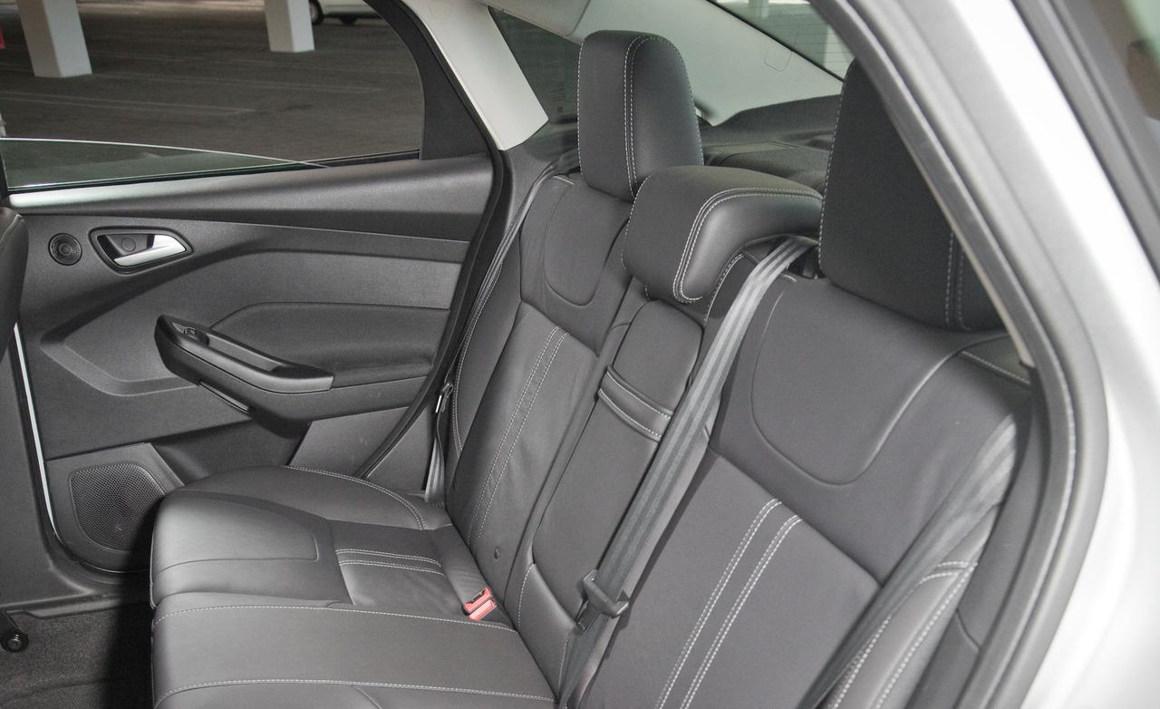 FORD FOCUS 1.4 interior