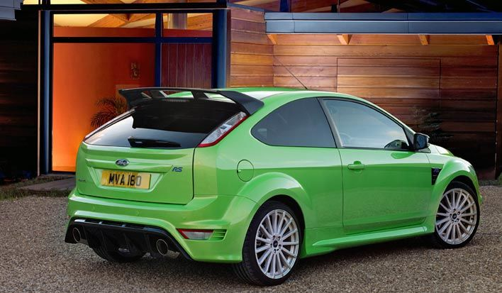 FORD FOCUS green